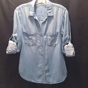 Bella Dahl chambray roll-sleeve button front shirt